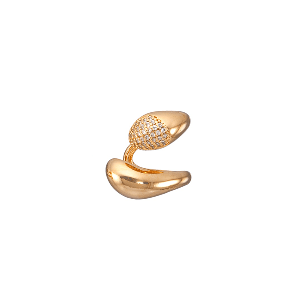 Piercing-fake-dourado-grande-com-detalhe-cravejado