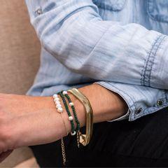 pulseira-dourada-com-perola-de-agua-doce